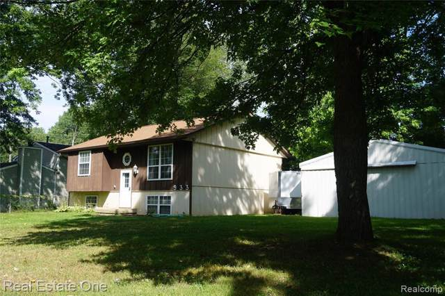 933 Orion, Orion Twp, MI 48362 (#219083056) :: RE/MAX Classic
