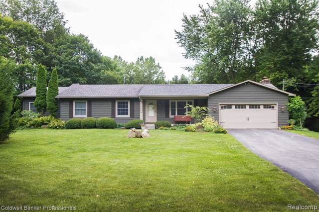 3170 Mitchell Rd, Holly Twp, MI 48442 (MLS #219083764) :: The Toth Team