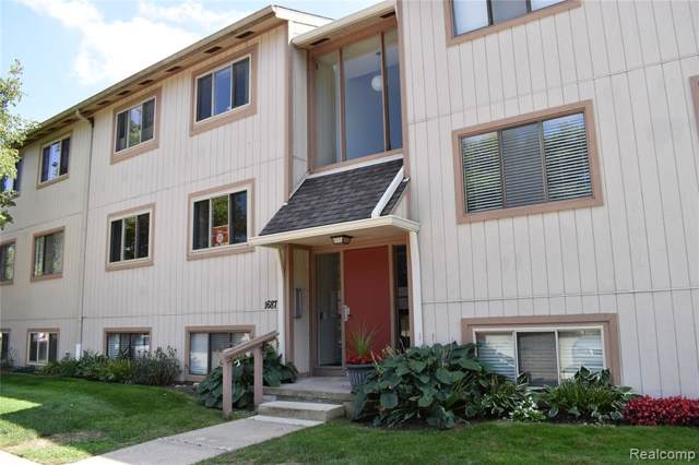 1687 Riverside Drive, Rochester Hills, MI 48309 (#219083865) :: Alan Brown Group