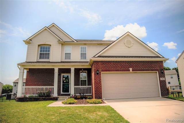 410 Knollwood Drive, Brandon Twp, MI 48462 (#219084238) :: The Mulvihill Group