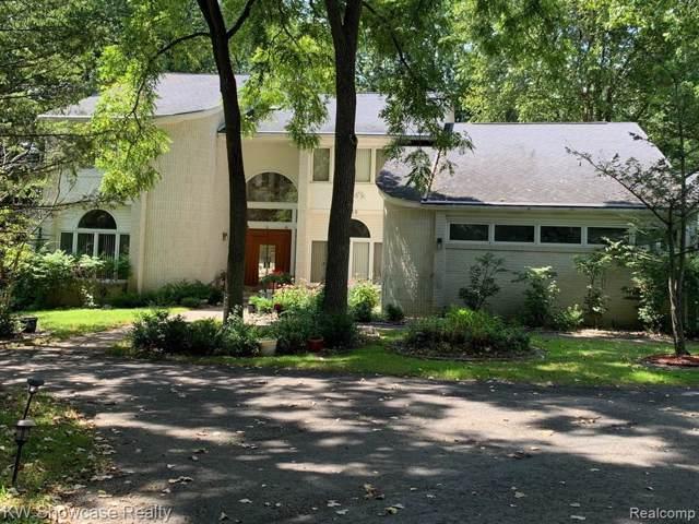 5230 Franklin Rd, Bloomfield Hills, MI 48302 (#219084428) :: Alan Brown Group
