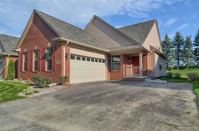 6920 Stonewood Place Drive #42, Independence Twp, MI 48346 (#219084654) :: The Buckley Jolley Real Estate Team