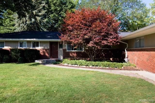 32213 Staman Circle Circle, Farmington Hills, MI 48336 (#219087308) :: The Buckley Jolley Real Estate Team