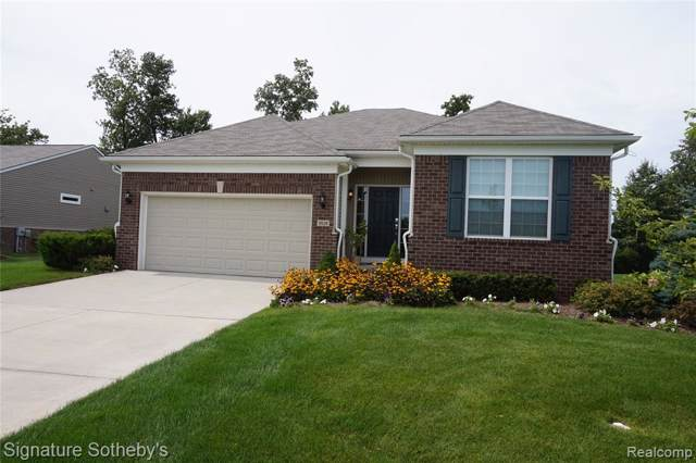 9528 Pine Valley Drive, Grand Blanc Twp, MI 48439 (#219088013) :: RE/MAX Nexus