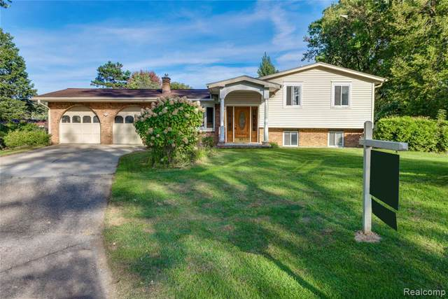 53166 Gaskill Court E, Shelby Twp, MI 48316 (#219089592) :: The Buckley Jolley Real Estate Team