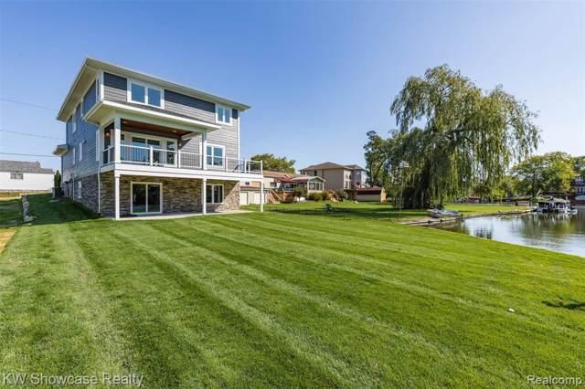 2267 Kingston Street, White Lake Twp, MI 48386 (#219090312) :: The Buckley Jolley Real Estate Team