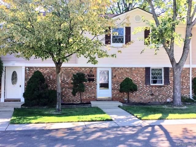 933 Kirts Boulevard #60, Troy, MI 48084 (#219091589) :: The Buckley Jolley Real Estate Team