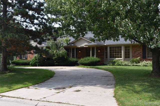 33804 Yorkridge Street, Farmington Hills, MI 48331 (#219092228) :: The Buckley Jolley Real Estate Team