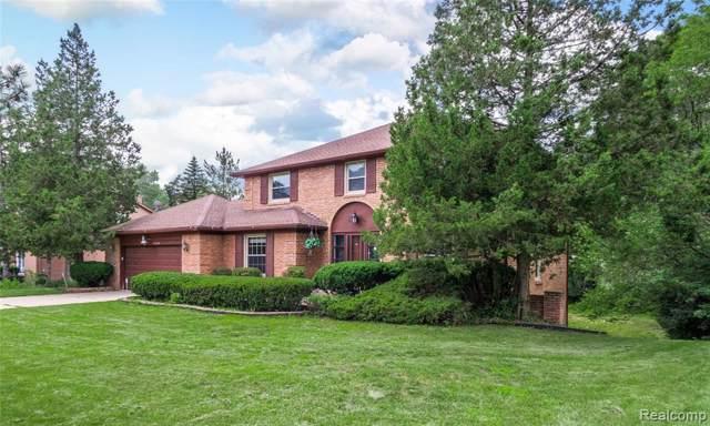 5466 W Bloomfield Lake Road, West Bloomfield Twp, MI 48323 (#219093672) :: The Buckley Jolley Real Estate Team