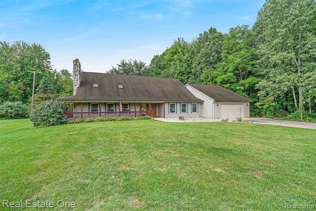 19500 Wahrman Road, Huron Twp, MI 48164 (#219096354) :: The Buckley Jolley Real Estate Team