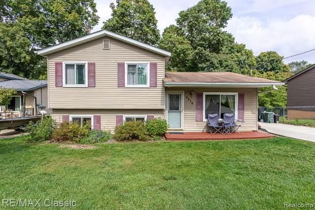 9570 Lone Pine Street, White Lake Twp, MI 48386 (#219096771) :: The Buckley Jolley Real Estate Team