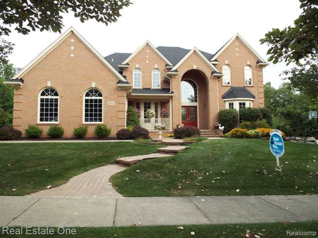 23661 Wintergreen Circle, Novi, MI 48374 (#219097167) :: Duneske Real Estate Advisors