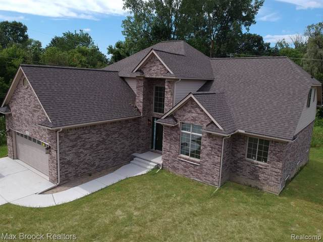 7045 24 MILE Road, Shelby Twp, MI 48316 (#219097555) :: The Mulvihill Group