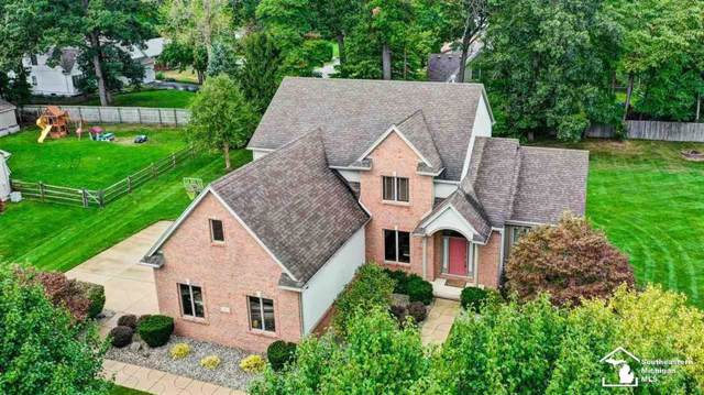 3002 Lennox, Bedford Twp, MI 48144 (#57031395336) :: The Mulvihill Group