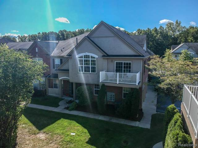 47708 Ormskirk Drive, Canton Twp, MI 48188 (#219099729) :: The Buckley Jolley Real Estate Team