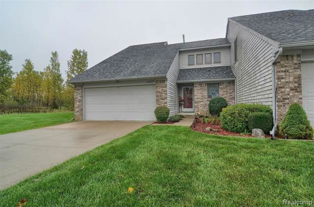 5227 Country Wood Lane, Grand Blanc, MI 48439 (MLS #219102568) :: The Toth Team