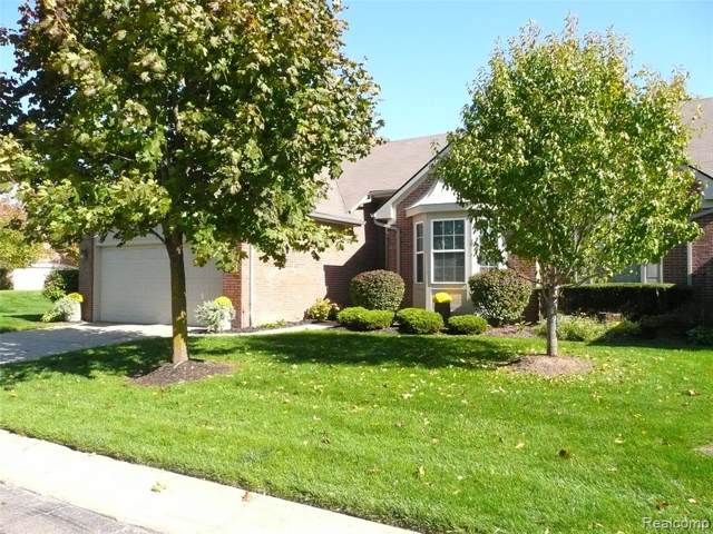 746 Woodhaven Drive #73, Commerce Twp, MI 48390 (#219103604) :: Alan Brown Group