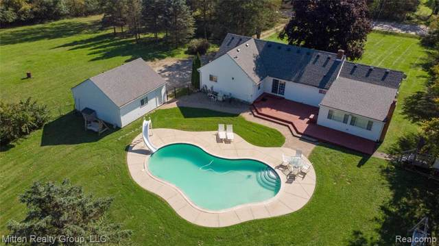 7823 Cherry Hill Road, Superior Twp, MI 48198 (#219105080) :: The Mulvihill Group