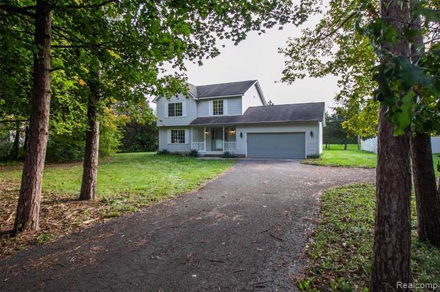6715 Rickett Road, Green Oak Twp, MI 48116 (#219107398) :: GK Real Estate Team