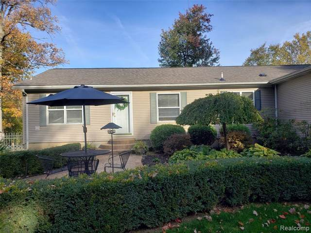 2860 Stanton Road, Oxford Twp, MI 48371 (MLS #219107409) :: The Toth Team