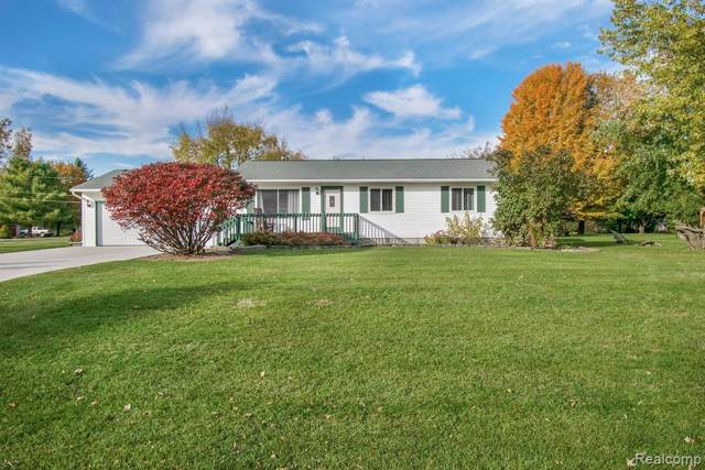 2407 Hutchings Way, Mayfield Twp, MI 48446 (#219110536) :: The Alex Nugent Team | Real Estate One