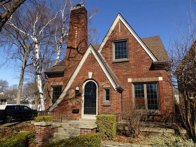 1205 E 6TH Street, Royal Oak, MI 48067 (#219111416) :: The Mulvihill Group