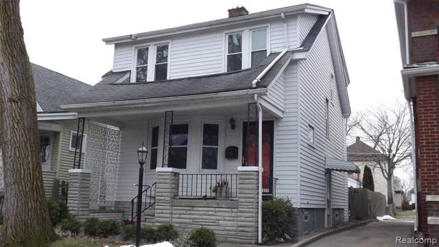 1245 Maryland Street, Grosse Pointe Park, MI 48230 (#219111841) :: The Mulvihill Group