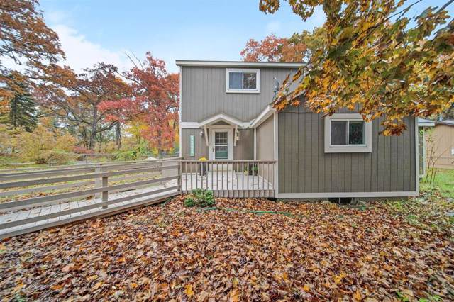 1101 Hillcrest Street, White Lake Twp, MI 48386 (#543269793) :: The Buckley Jolley Real Estate Team