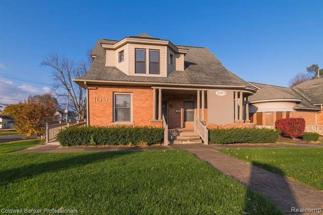 109 N Washington St, Oxford Vlg, MI 48371 (#219112571) :: The Alex Nugent Team | Real Estate One