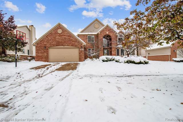 2484 Ivy Hill Drive, Commerce Twp, MI 48382 (#219115745) :: GK Real Estate Team