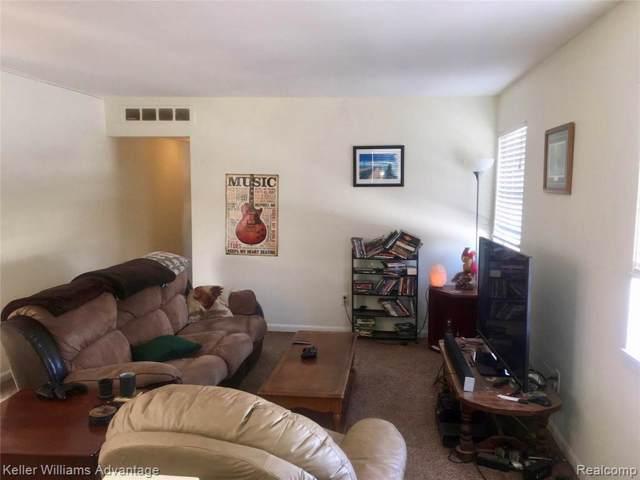 23558 North Rockledge, Novi, MI 48375 (#219116406) :: The Alex Nugent Team | Real Estate One