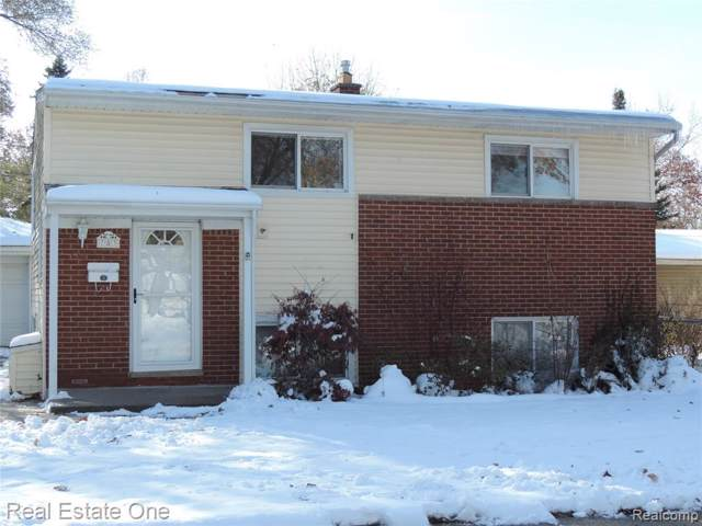 783 Panorama Drive, Milford Vlg, MI 48381 (#219116413) :: The Buckley Jolley Real Estate Team