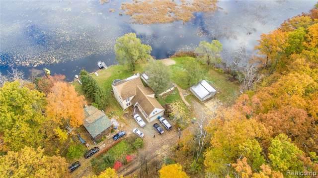 5421 Wayne Road, White Lake Twp, MI 48383 (#219119612) :: The Buckley Jolley Real Estate Team