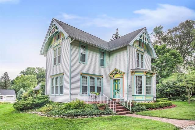 106 Lake Street, Howell, MI 48843 (#2200004690) :: The Buckley Jolley Real Estate Team