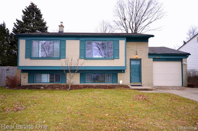 42380 Buckingham Drive, Sterling Heights, MI 48313 (#2200004833) :: The Alex Nugent Team | Real Estate One