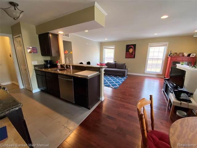 276 1st Street, Rochester, MI 48307 (#2200004844) :: The Alex Nugent Team | Real Estate One