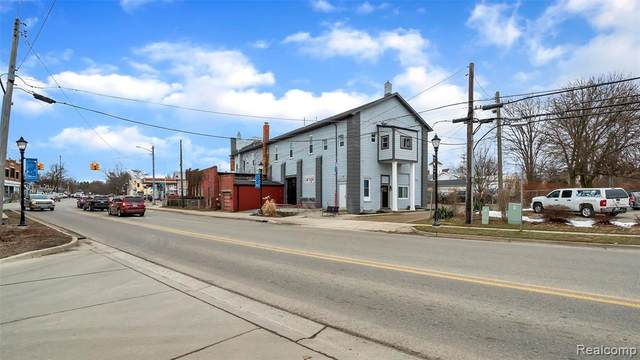 106 S Bridge Street, Linden, MI 48451 (MLS #2200007601) :: The John Wentworth Group