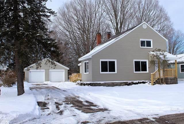 425 North Street, Eaton Rapids, MI 48827 (#630000244213) :: The Alex Nugent Team | Real Estate One