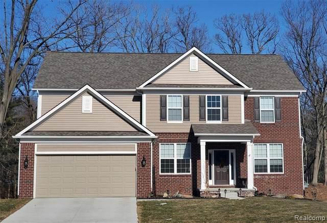 698 Arlington Drive, Saline, MI 48176 (#2200013278) :: GK Real Estate Team