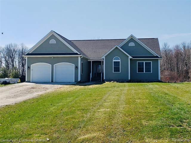 7850 Linden Drive, Almont Twp, MI 48003 (#2200013695) :: The Mulvihill Group