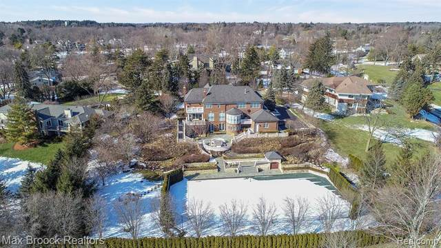 125 Hilltop Lane, Bloomfield Hills, MI 48304 (#2200014718) :: RE/MAX Nexus