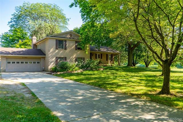 51760 9 MILE Road, Lyon Twp, MI 48167 (MLS #2200016498) :: The John Wentworth Group