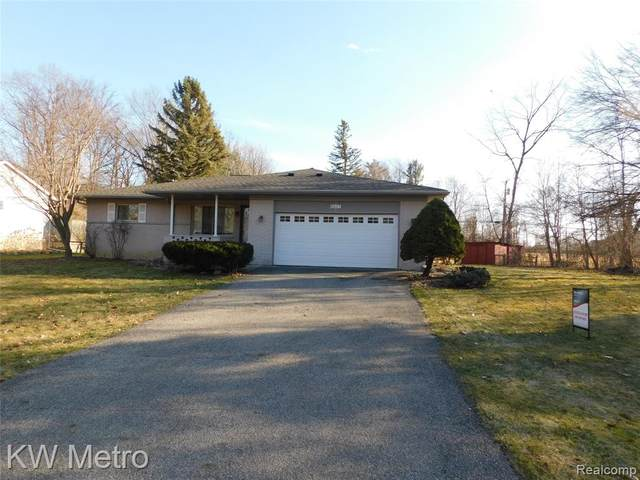 6603 Squirrel Hill Court, Independence Twp, MI 48346 (#2200019588) :: Springview Realty