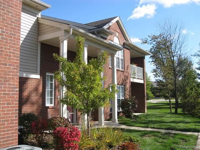 1746 Deepwood Circle #82, Rochester, MI 48307 (#2200022297) :: RE/MAX Nexus