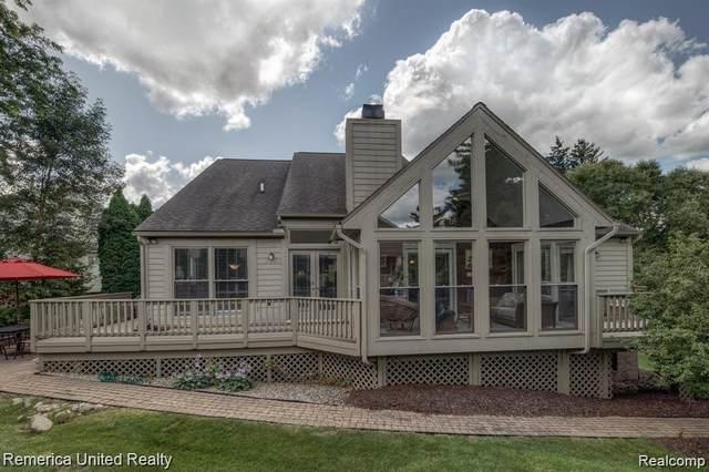 4628 Huntington Drive, Genoa Twp, MI 48116 (#2200022546) :: The Buckley Jolley Real Estate Team