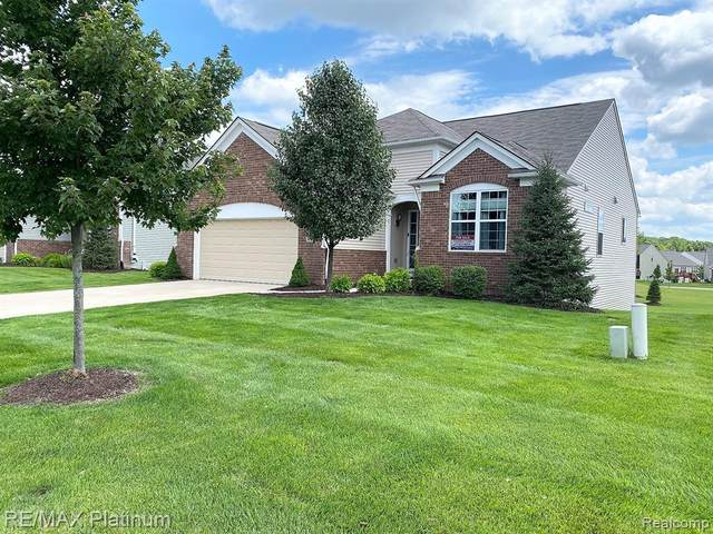 380 Bozeman Court #207, Oceola Twp, MI 48843 (#2200023658) :: The Mulvihill Group