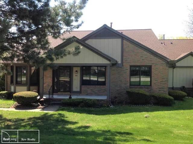 184 Meadow Lane Circle, Rochester Hills, MI 48307 (#58050010206) :: The BK Agency