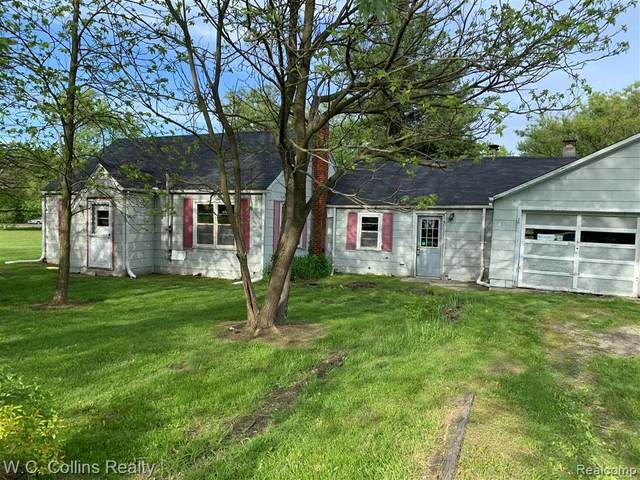 325 S Allen Road, ST. CLAIR TWP, MI 48079 (MLS #2200030587) :: The John Wentworth Group
