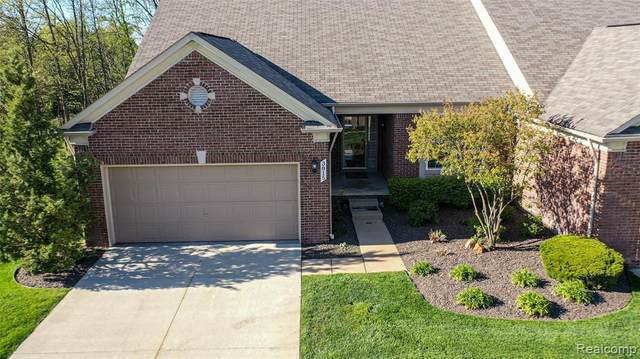 3815 Rainier Drive #16, Oceola Twp, MI 48843 (MLS #2200034184) :: The John Wentworth Group