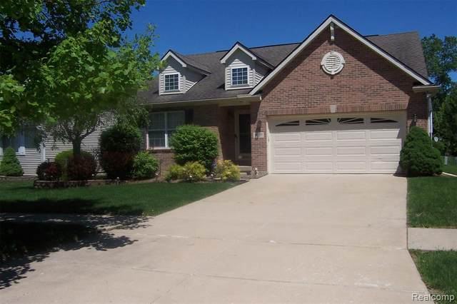 16237 Eastwind Street, Romulus, MI 48174 (#2200036285) :: GK Real Estate Team